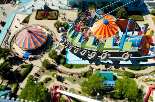 going-to-a-theme-park-with-your-sensory-challenged-child-1